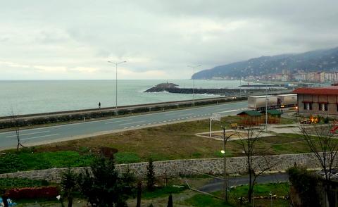 Schnellstraße am Schwarzen Meer in der Nähe von Rize