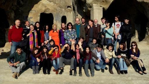 Die Teilnehmer des Symposiums im Höhlenkloster Uplistsikhe