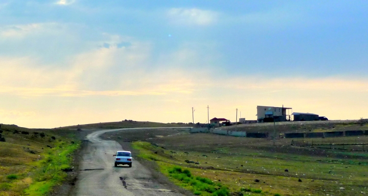 Straße bei Marneuli (2009)